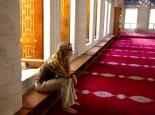 in einer unbekannten Moschee