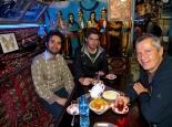 beim Tee mit Persern