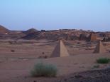 cooler Stellplatz bei den Pyramiden