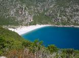 Fast allein in der Bucht von Richea (Peloponnes)