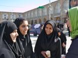 zu Ashoura auch die jungen Mädels im Tschador