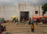 eins der fünf alten Stadttore von Harar