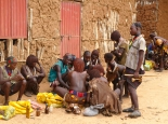 Verkauf von Kautabak in Turmi