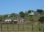 Zulu/Swasi Dorf am Parkrand